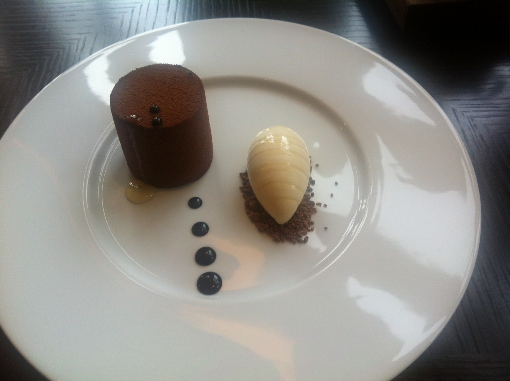Bohemian cake, chocolate, citrus&London summertime honey ice cream