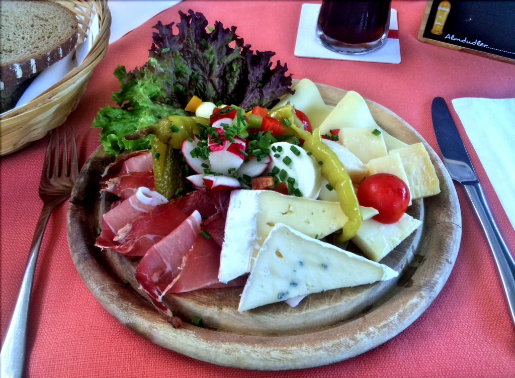 Ham and cheese plate at Stiegkeller